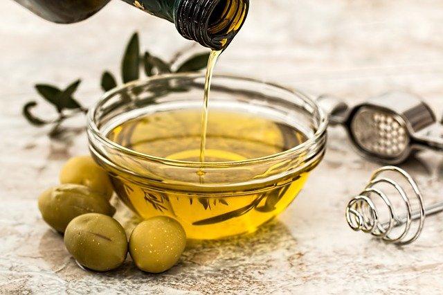 cómo reciclar el aceite, según certificaciones Abadi